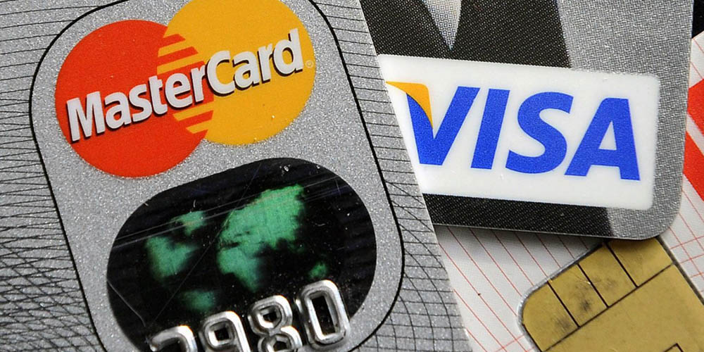 Use Mastercard and Visa cards to play at the online casino
